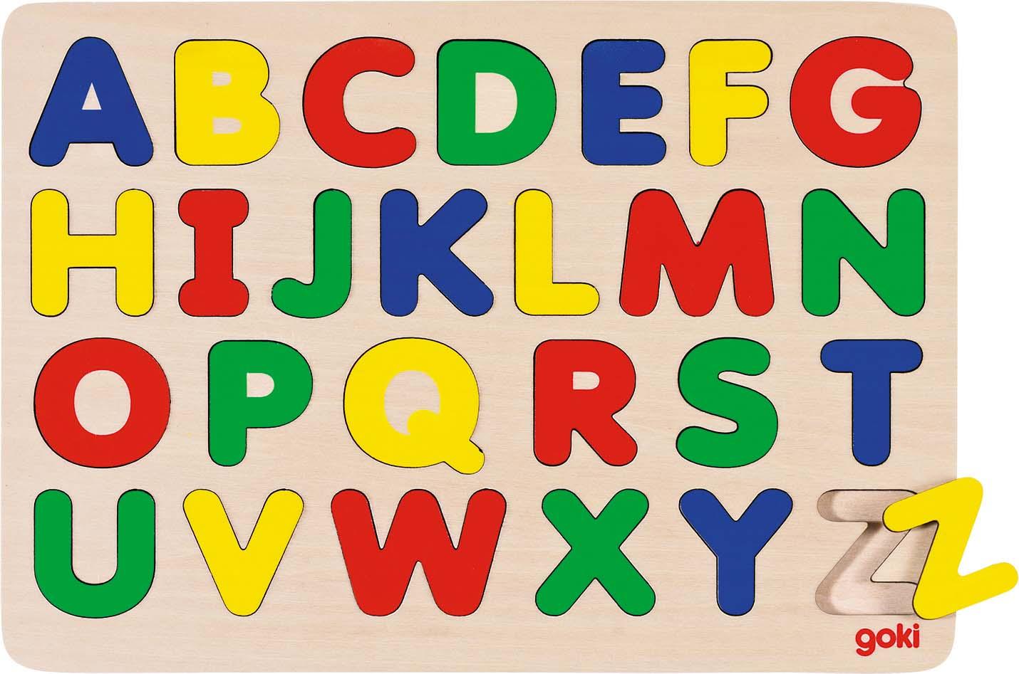 Alphabetpuzzle mit Buchstaben